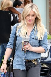 Hilary Duff Casual Style - West Hollywood, January 2015