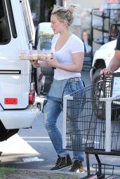 Hilary Duff - Shopping at Ralph