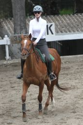 Iggy Azalea - Horseback Riding Lesson in Los Angeles, Feb. 2015