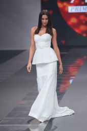 Irina Shayk - Walks the Runway at the Liverpool Fashion Fest Spring Summer 2015 in Mexico City