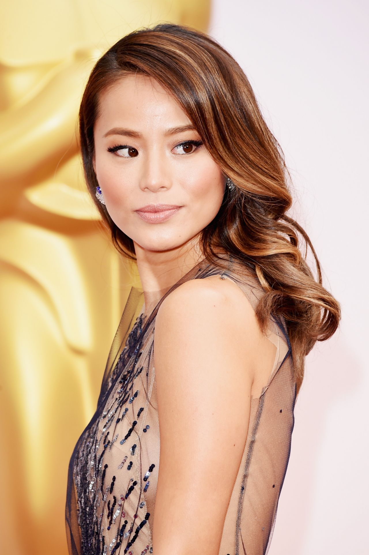 Jamie Chung – 2015 Oscars Red Carpet in Hollywood