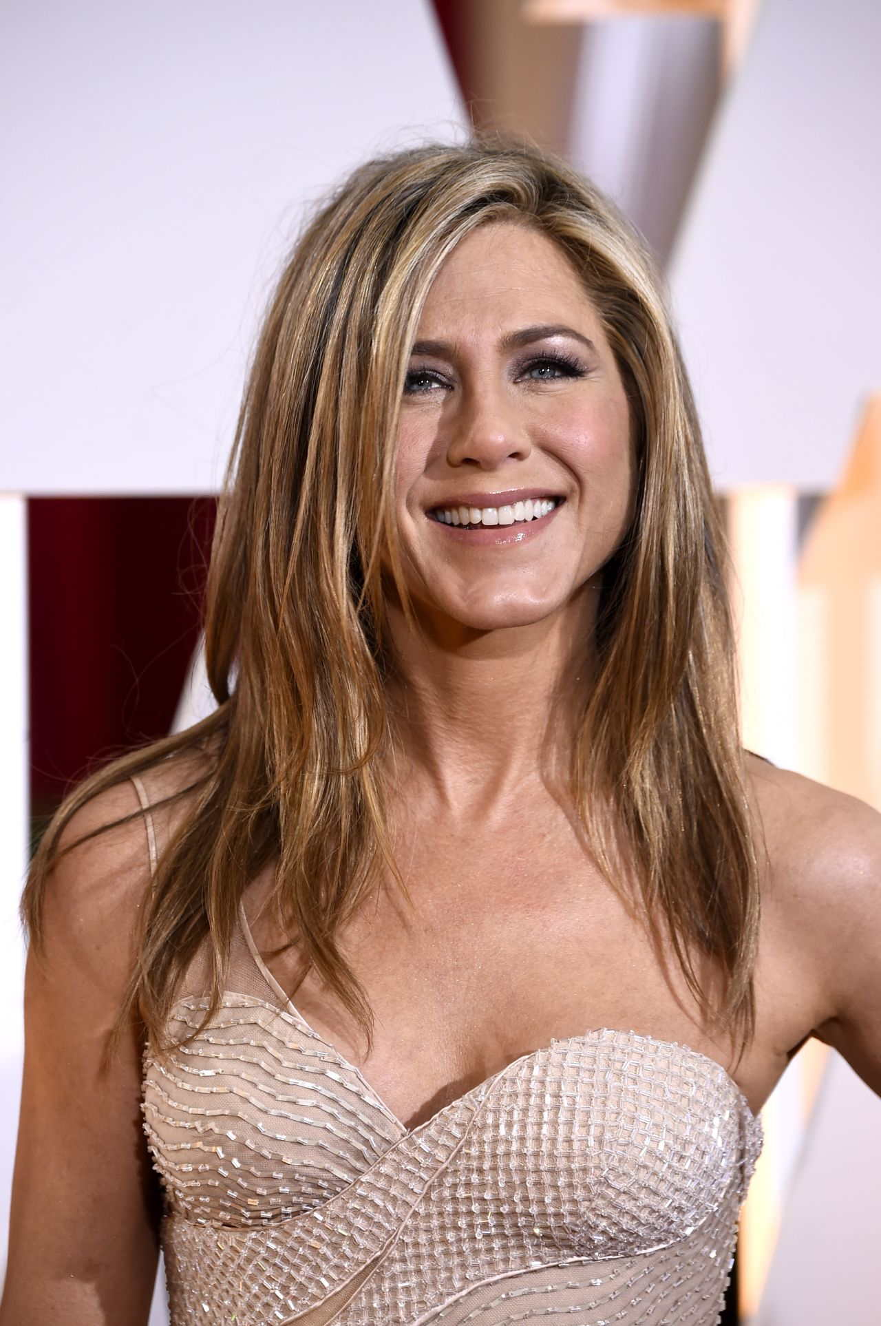 Jennifer Aniston – 2015 Oscars Red Carpet in Hollywood