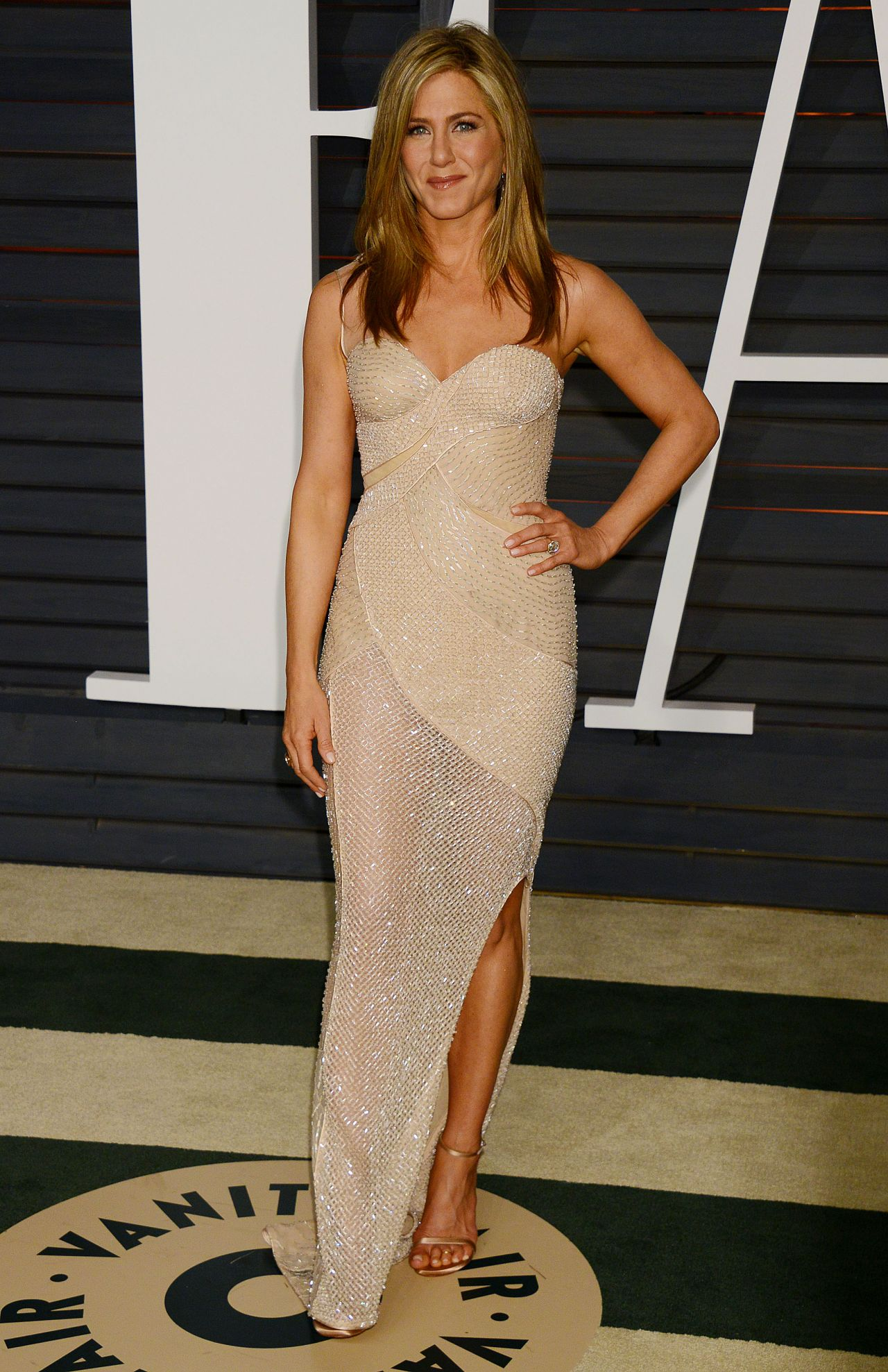 Jennifer Aniston 2015 Vanity Fair Oscar Party In Hollywood