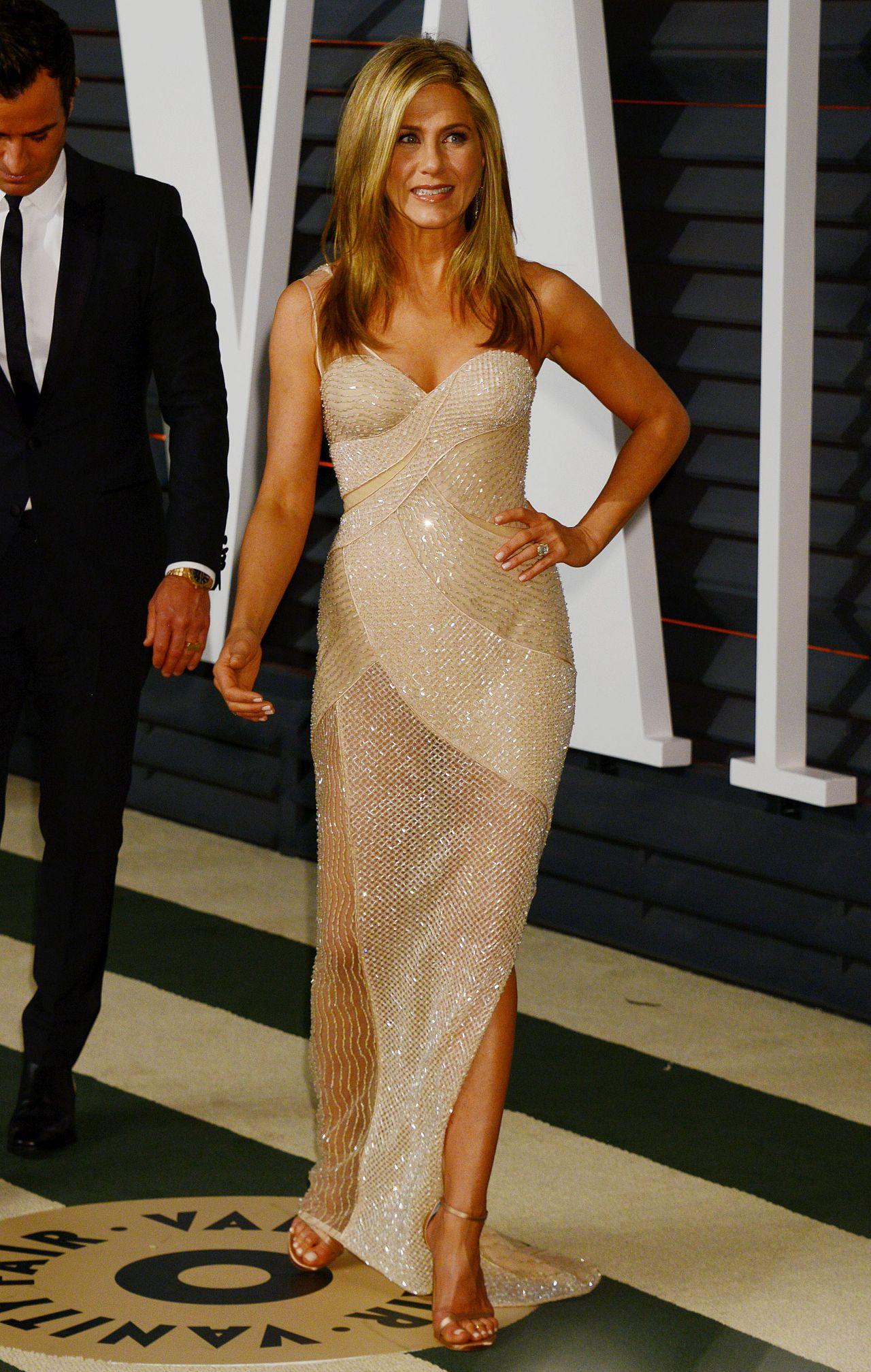 Jennifer Aniston 2015 Vanity Fair Oscar Party In Hollywood