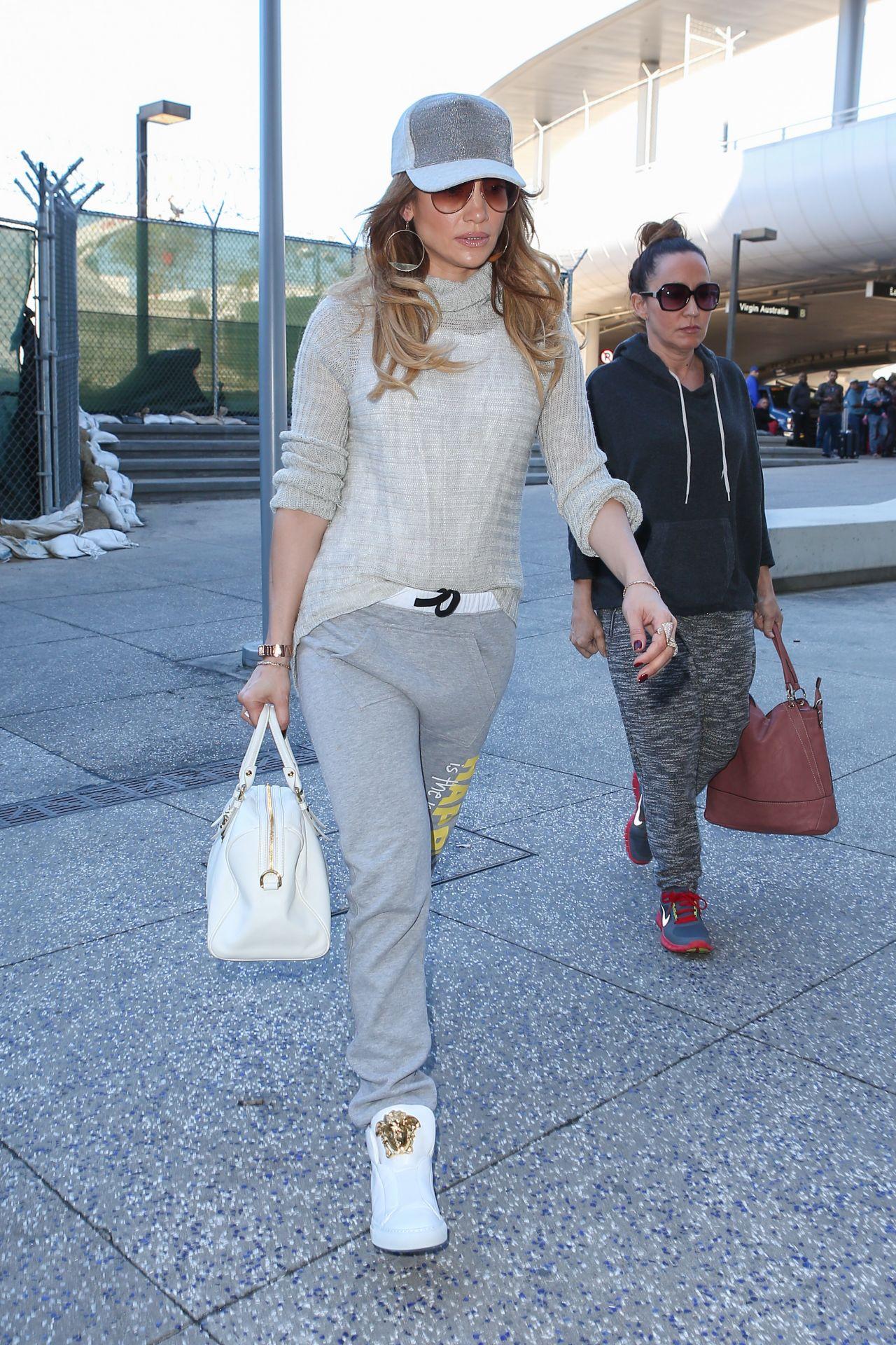 Jennifer Lopez Casual Style Lax Airport Celeb Styles Pinterest