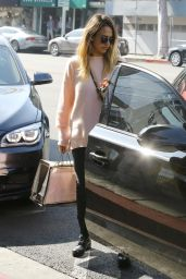 Jessica Alba Casual Style - Out in Beverly Hills, February 2015