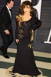 Joan Collins & Jackie Collins - 2015 Vanity Fair Oscar Party in Hollywood