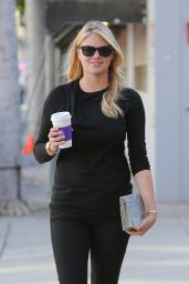 Kate Upton - Out for Coffee in Beverly Hills, February 2015