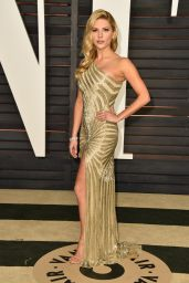 Katheryn Winnick - 2015 Vanity Fair Oscar Party in Hollywood