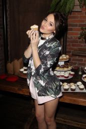 Kelli Berglund - Her 19th Birthday Party at Aventine in Los Angeles, Feb. 2015