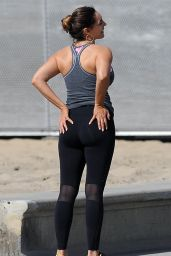 Kelly Brook Booty in Tights - Workout in Los Angeles, Feb. 2015