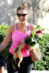 Kelly Brook Gets Flowers From a Young Fan, Out in Los Angeles, February 2015