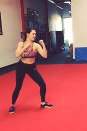 Kelly Brook - Training at the Shaolin Wushu Centre in Los Angeles, February 2015