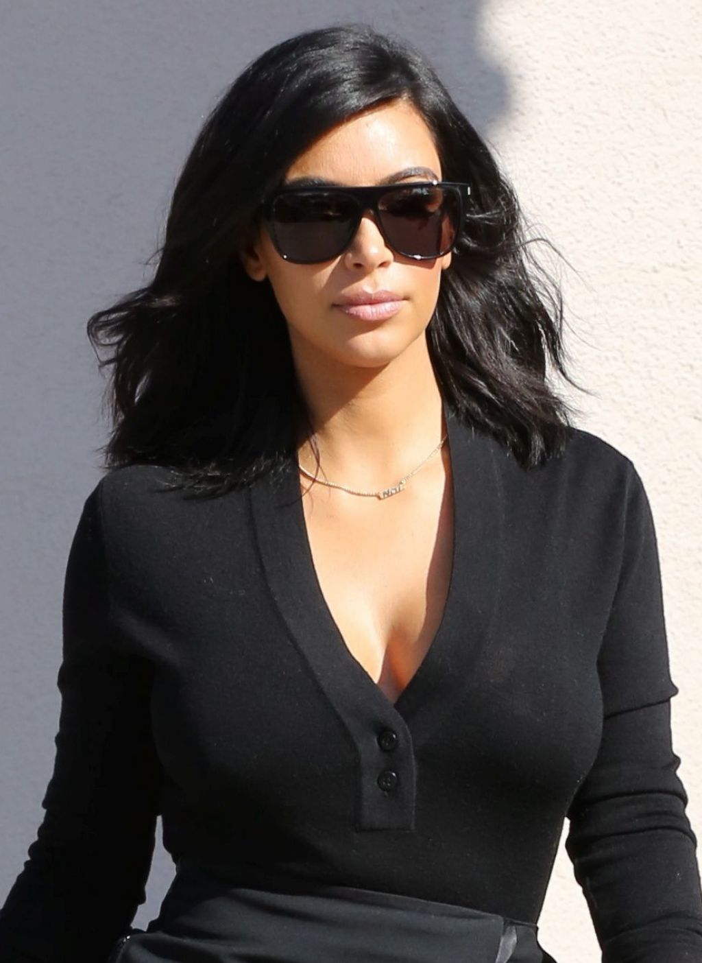 Kim Kardashian Style – Filming in Westlake Village, February 2015