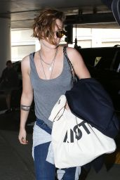 Kristen Stewart Casual Style - at LAX Airport, February 2015