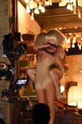 Kristen Wiig - Artistic Dance at 2015 GRAMMY Awards in Los Angeles