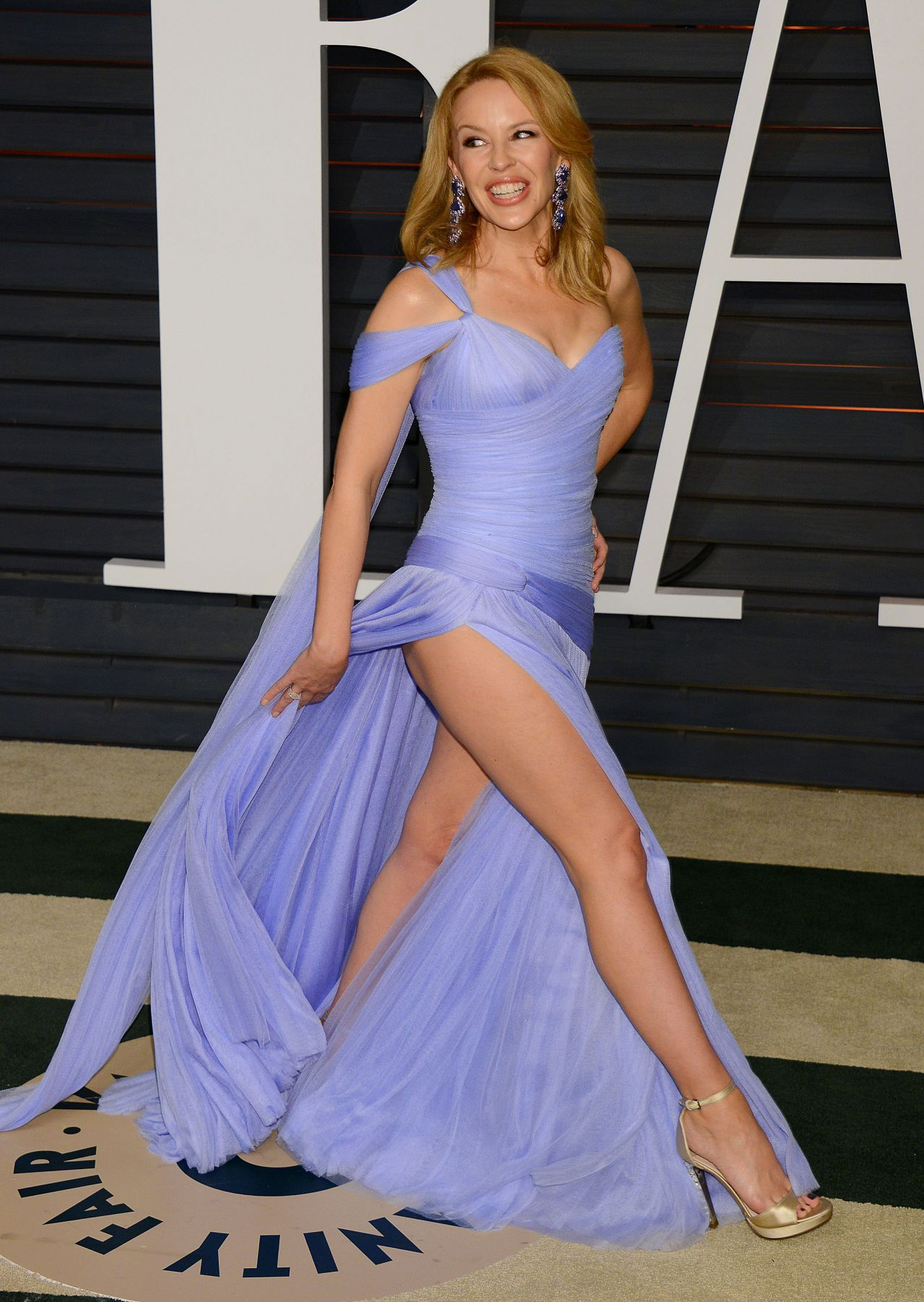 Kylie Minogue – 2015 Vanity Fair Oscar Party in Hollywood