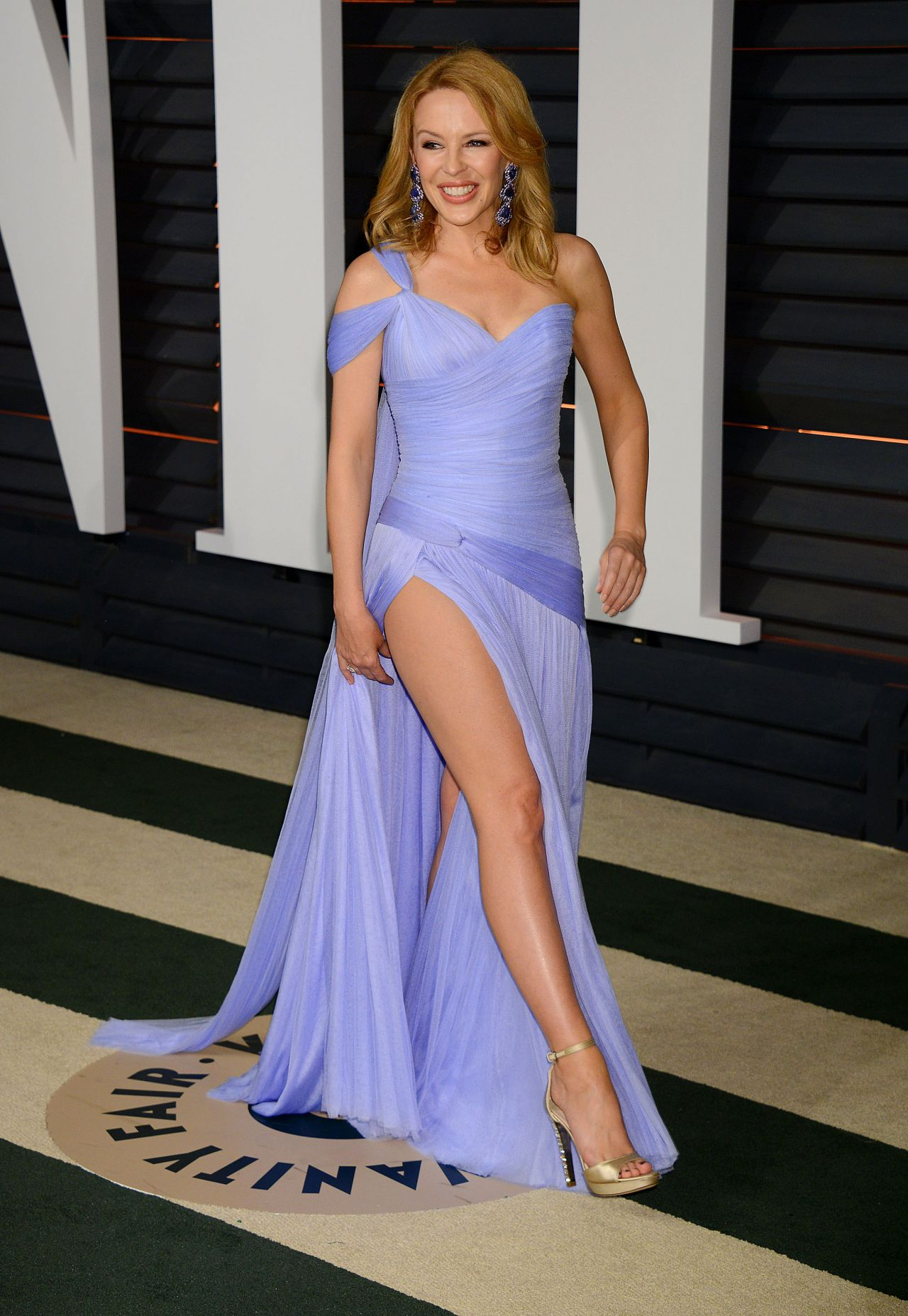 Kylie Minogue 2015 Vanity Fair Oscar Party In Hollywood