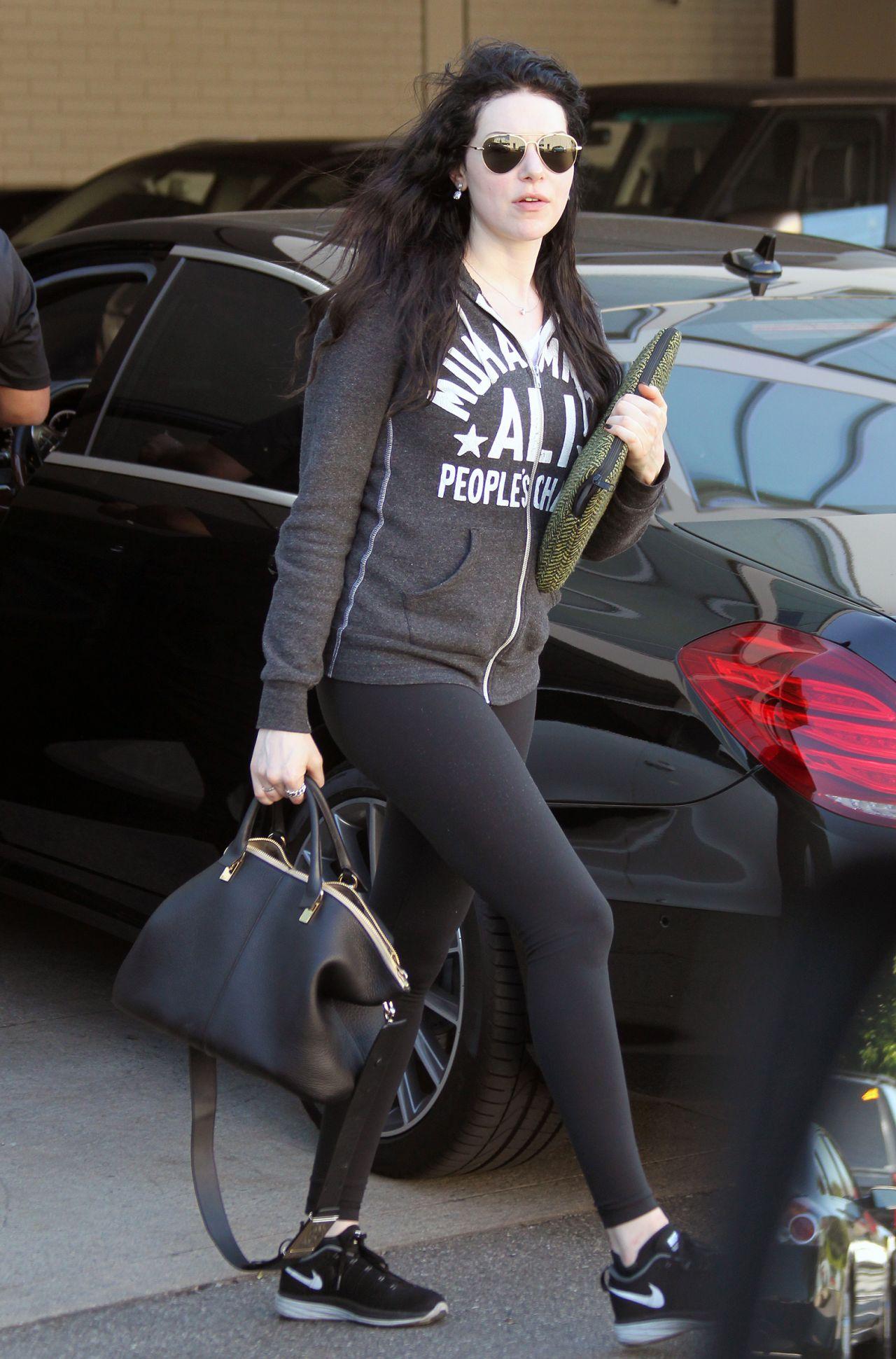 Laura Prepon in Leggings - Out in Los Angeles, Febraury 2015
