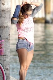 Lola Ponce - Working Out And Riding Bicycle In Miami Beach, February 2015