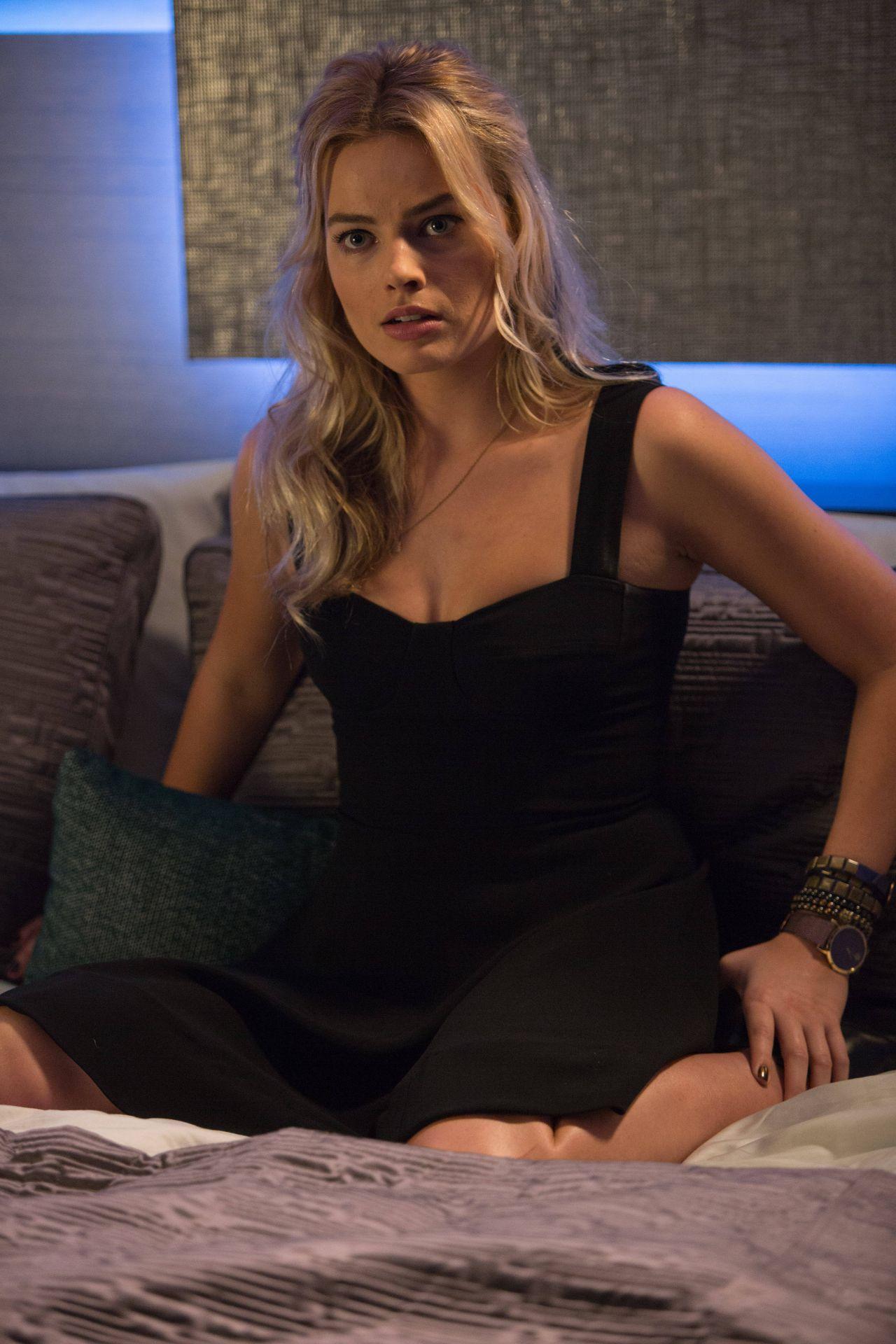 Margot Robbie – 'Focus' Movie Photos
