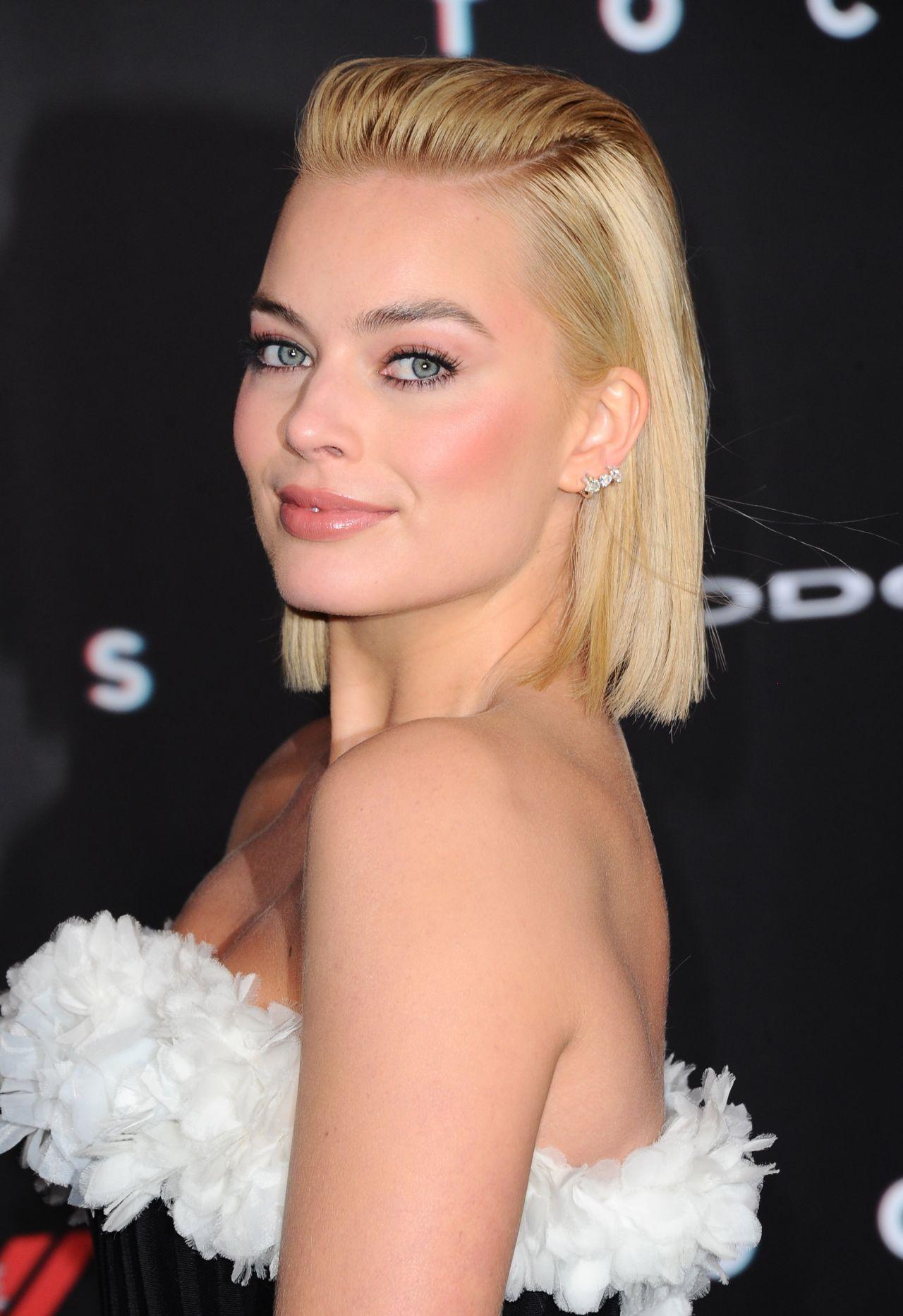 Margot Robbie Focus Movie Premiere In Los Angeles