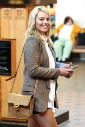 Margot Robbie Leggy - at Albuquerque International Sunport, February 2015