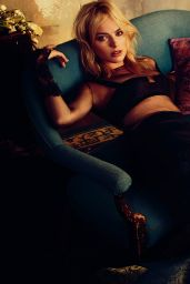 Margot Robbie - Photoshoot for