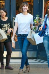 Mary Elizabeth Winstead - Visits The Grove With Friend in West Hollywood, Feb. 2015
