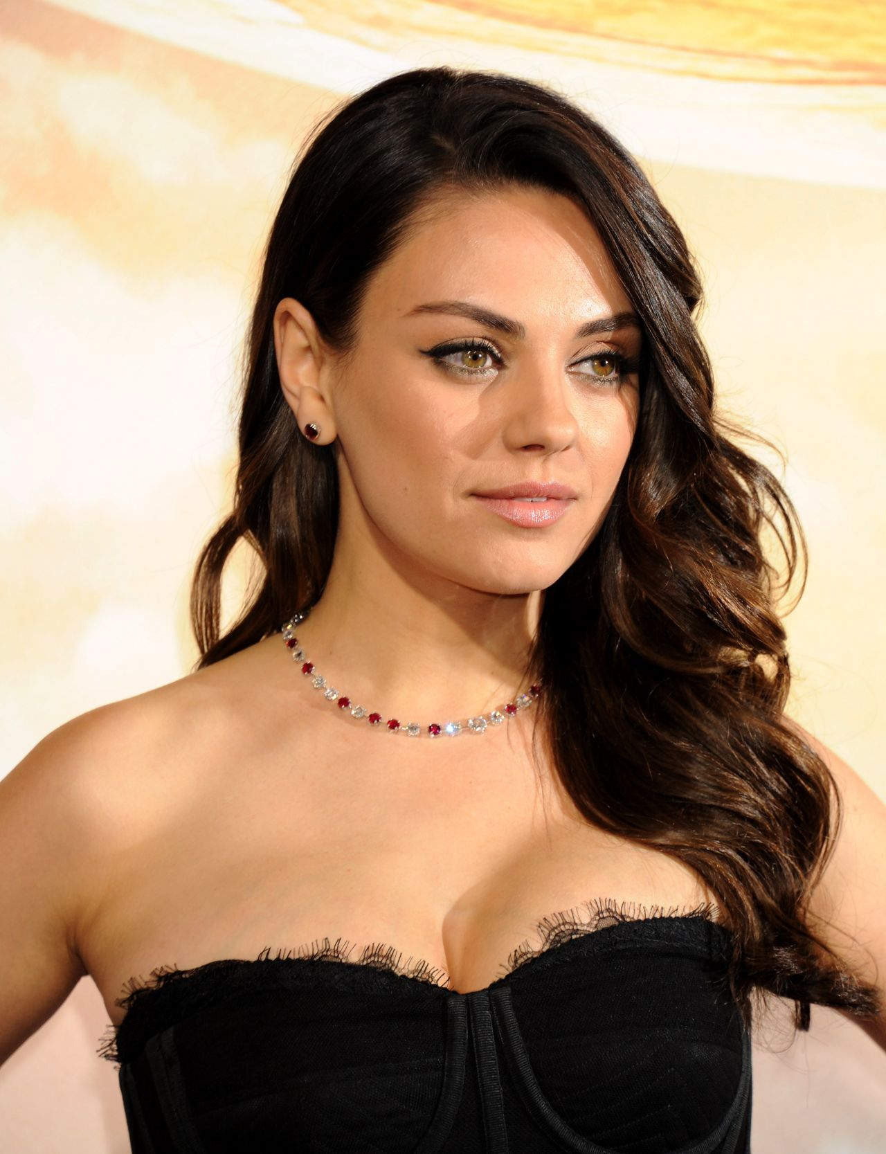 Mila Kunis – 'Jupiter Ascending' Premiere in Hollywood Mila Kunis