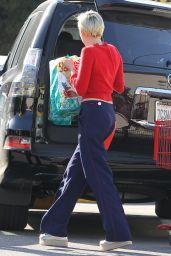 Miley Cyrus Street Style - at Trader Joe
