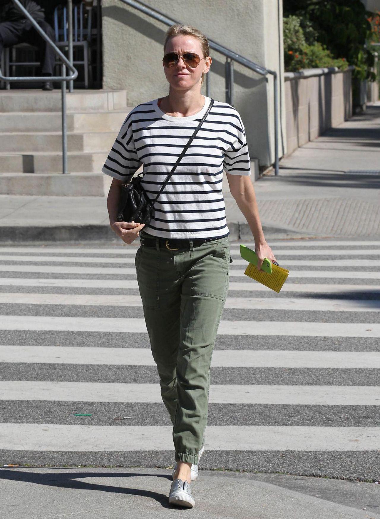 Naomi Watts 2015 Celebrity Photos Street Style Santa Monica California February