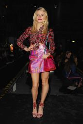 Pixie Lott - House of Holland Fashion Show in London, Feb. 2015