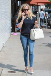 Reese Witherspoon Booty in Jeans - Out in Beverly Hills, Feb. 2015