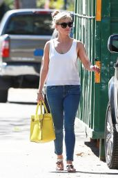 Reese Witherspoon Booty in Jeans - Out in Pacific Palisades, February 2015