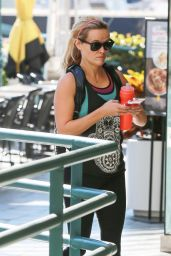 Reese Witherspoon - Going to a Gym in Brentwood, February 2015