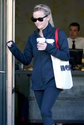 Reese Witherspoon in Spandex in Brentwood, February 2015