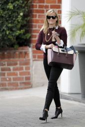 Reese Witherspoon Style - Leaving Her Office in Beverly Hills, February 2015