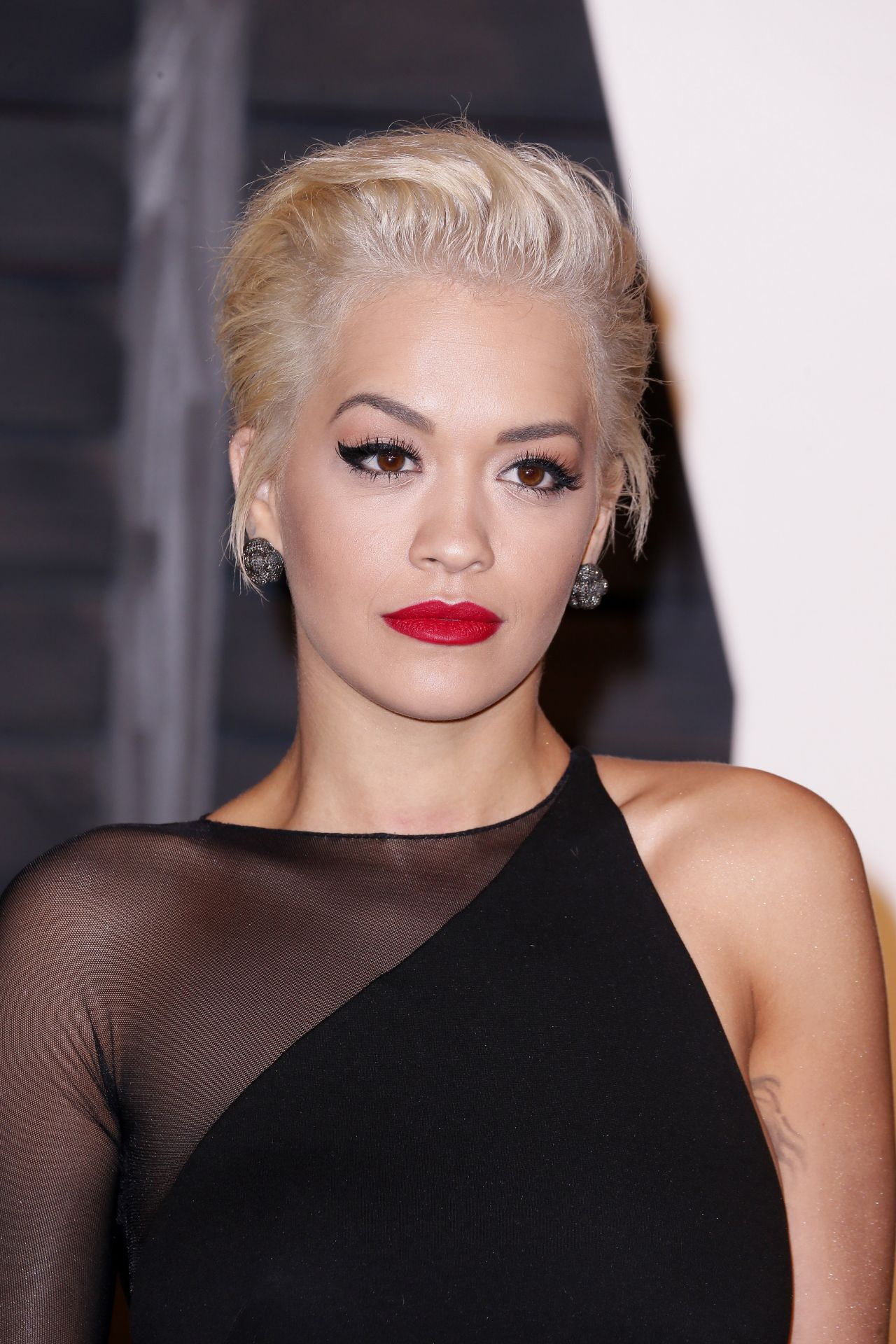 Rita Ora 2015 Vanity Fair Oscar Party In Hollywood