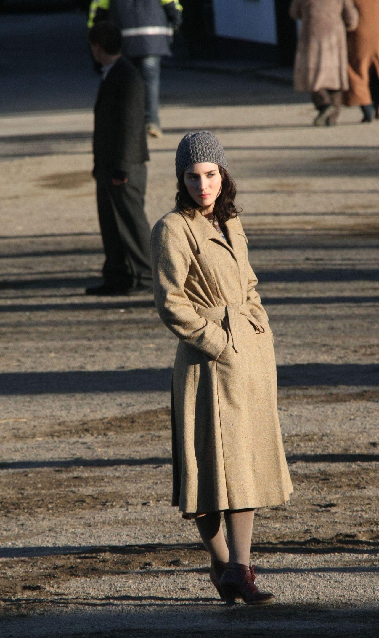 Rooney Mara - On Set of