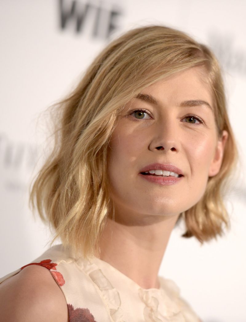 Rosamund Pike - 2015 Women In Film Pre-Oscar Cocktail Party in Los Angeles