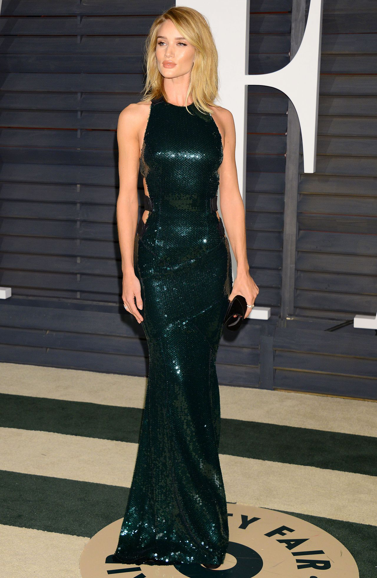 Rosie Huntington-Whiteley wearing Atelier Versace | About Her