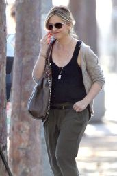Sarah Michelle Gellar Street Style - Out in Brentwood, February 2015