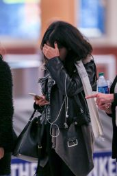 Selena Gomez at Hartsfield–Jackson Atlanta International Airport, February 2015