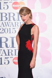 Taylor Swift – 2015 BRIT Awards in London