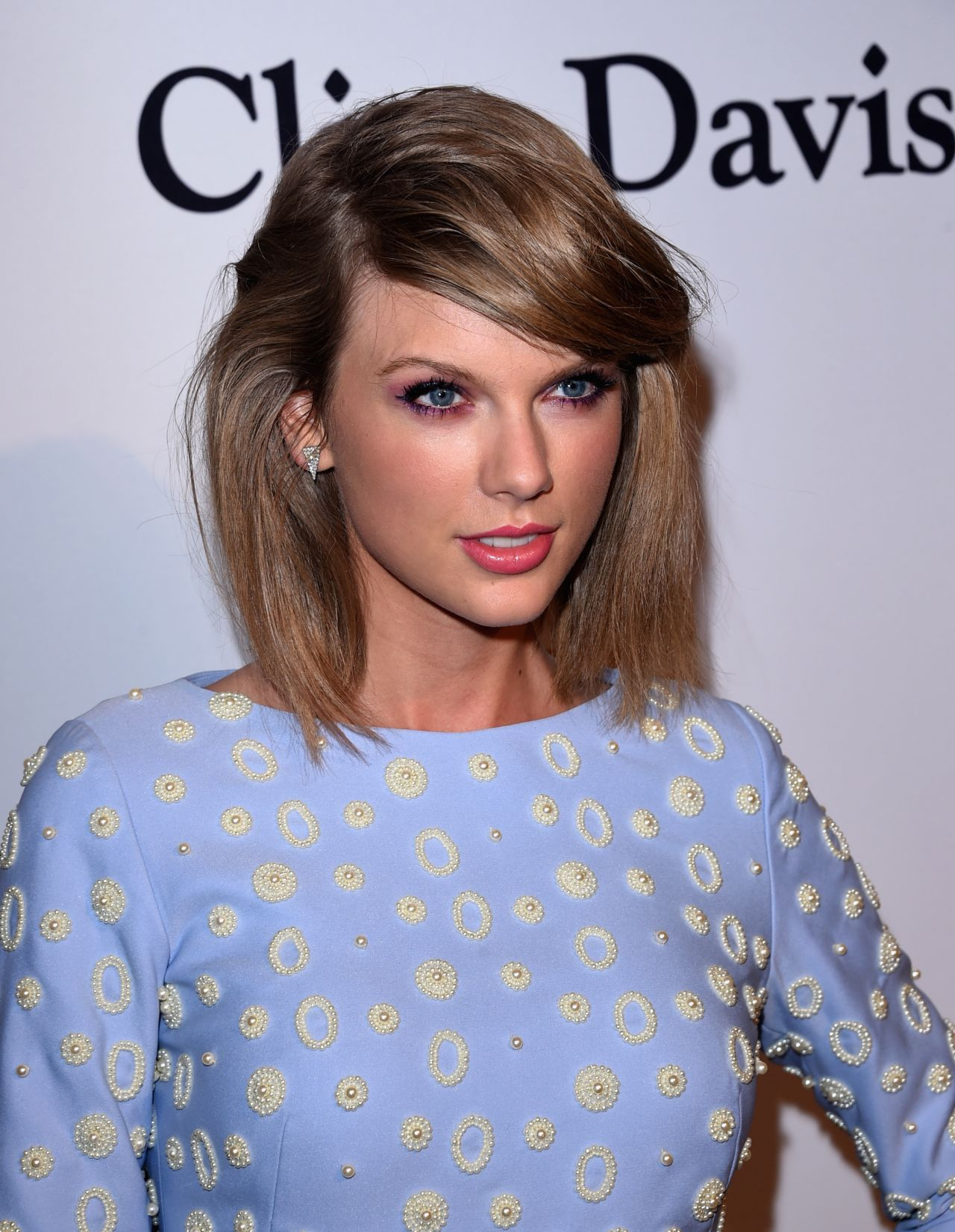 Taylor Swift – Pre-G...