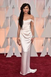 Zendaya – 2015 Oscars Red Carpet in Hollywood