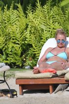 Britney Spears in a Bikini in Hawaii, March 2015