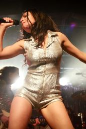 Charli XCX Performs at The Plug in Sheffield - March 2015
