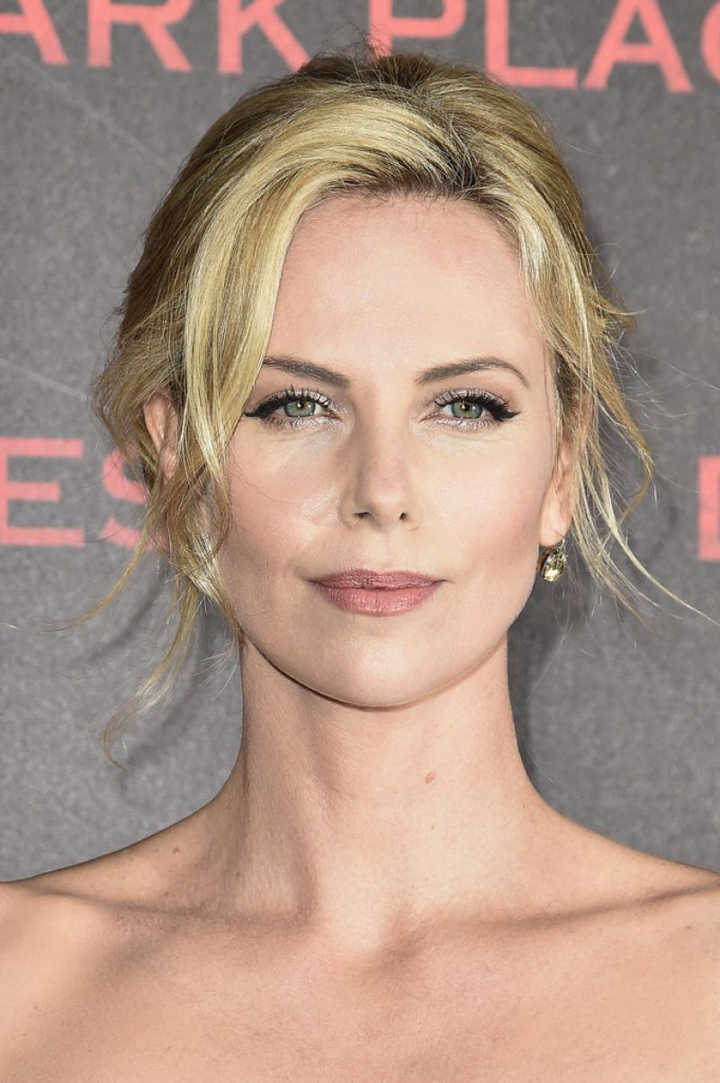 Charlize Theron | Celebrity without makeup, Charlize
